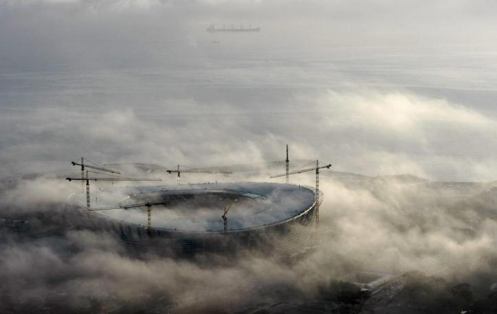 Early morning fog enshrouds Cape Town's Green Point 2010 FIFA Soccer World Cup Stadium