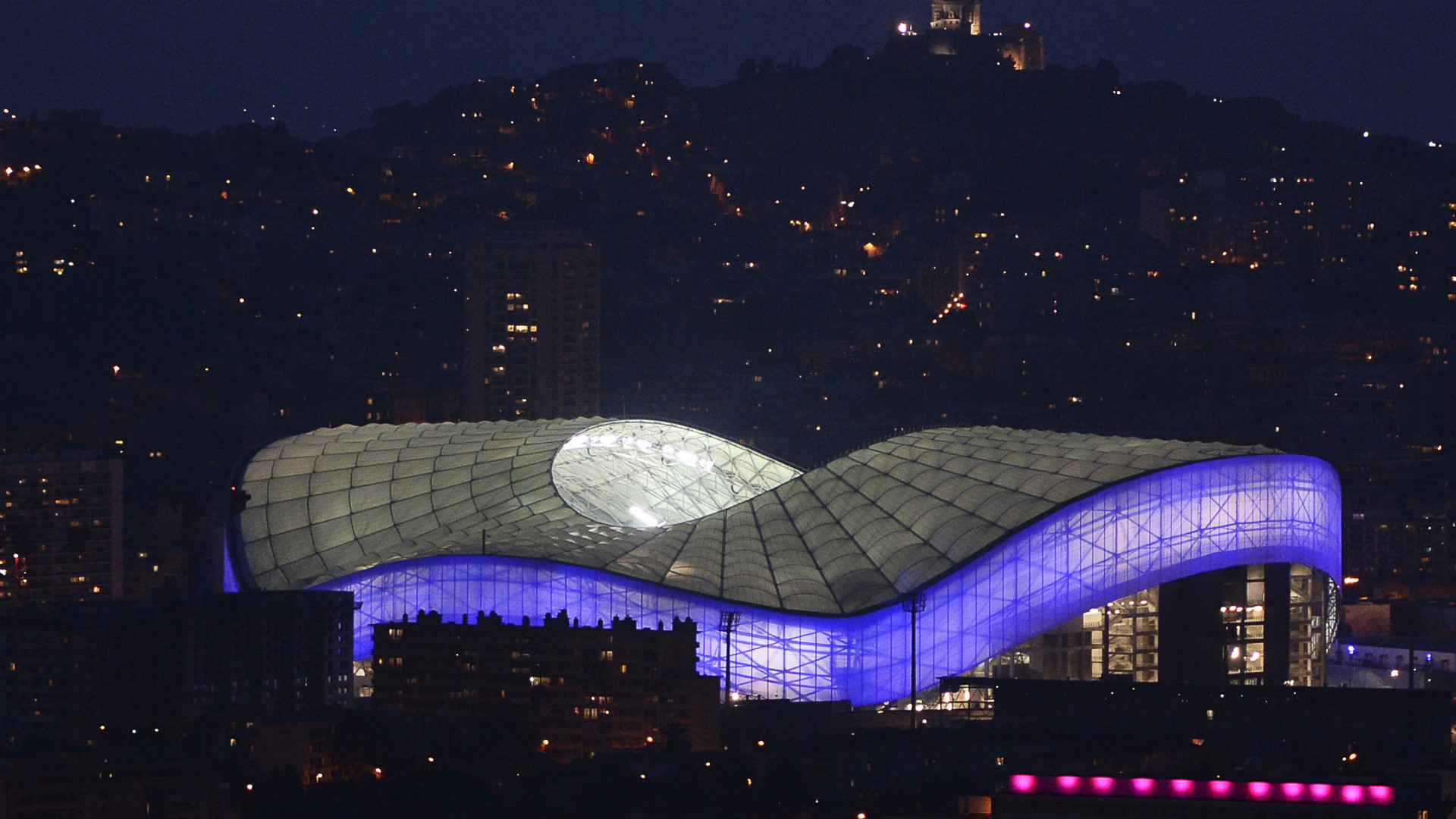 Stadium of the week stade v lodrome olympique de for Porte 7 stade velodrome